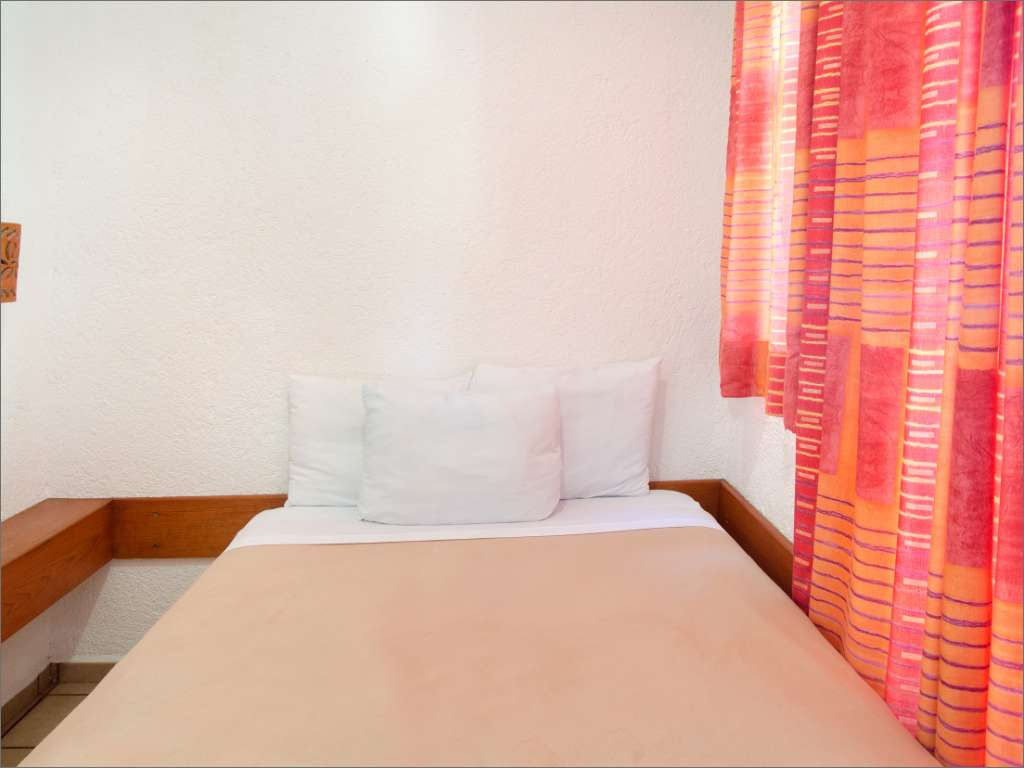 Hotel Bosque Caribe Single Room